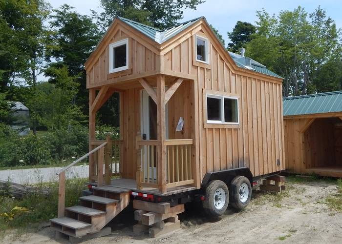 20007581038x16-cross-gable-tiny-house-on-wheels-trailer-for-sale-vermont-new-england-off-grid-four-season-turn-key1.jpg